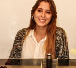 Nuestro equipo - Agustina Pascualetto       Administración inmobiliaria