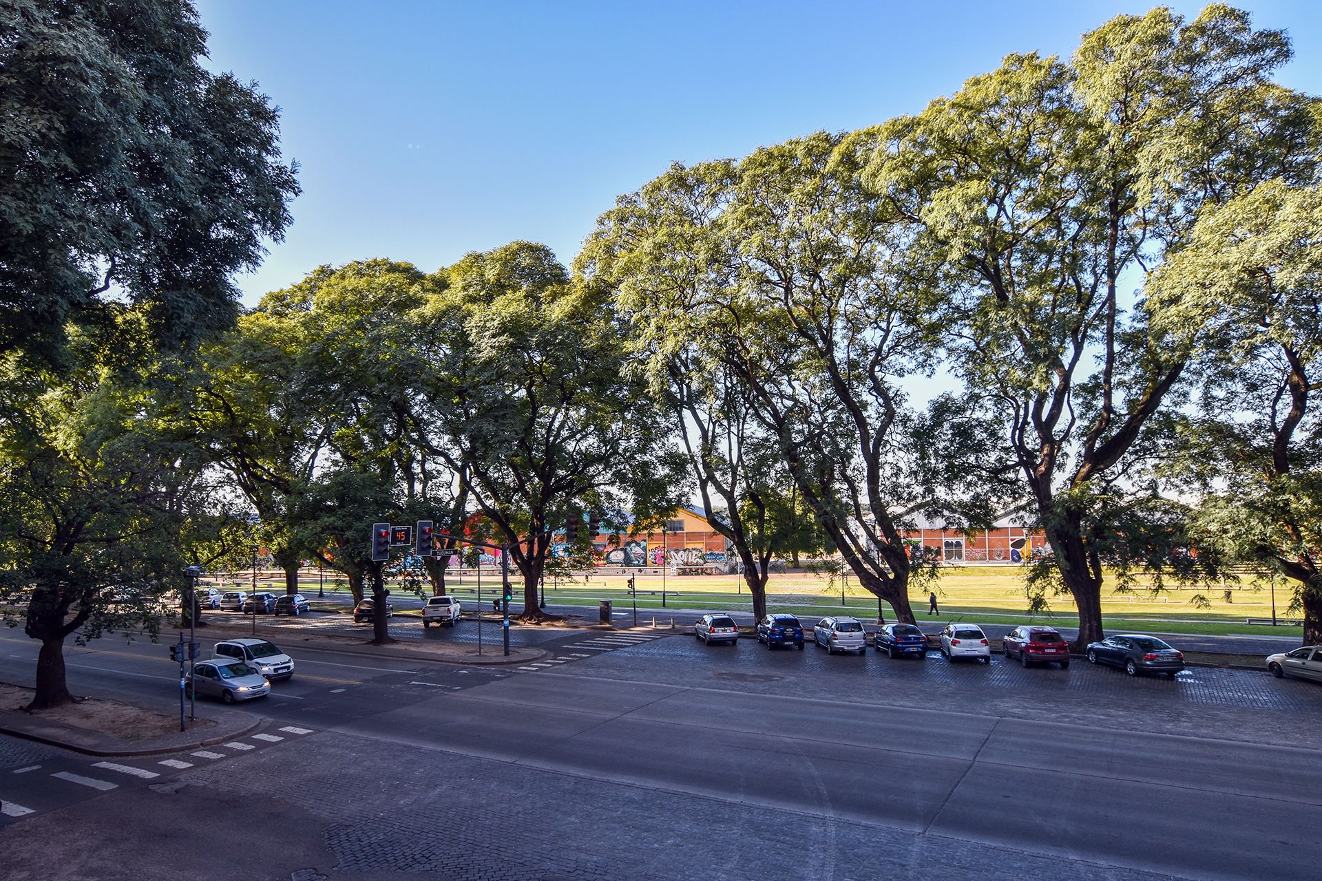 Quinquela | Av. Belgrano 984 fotos
