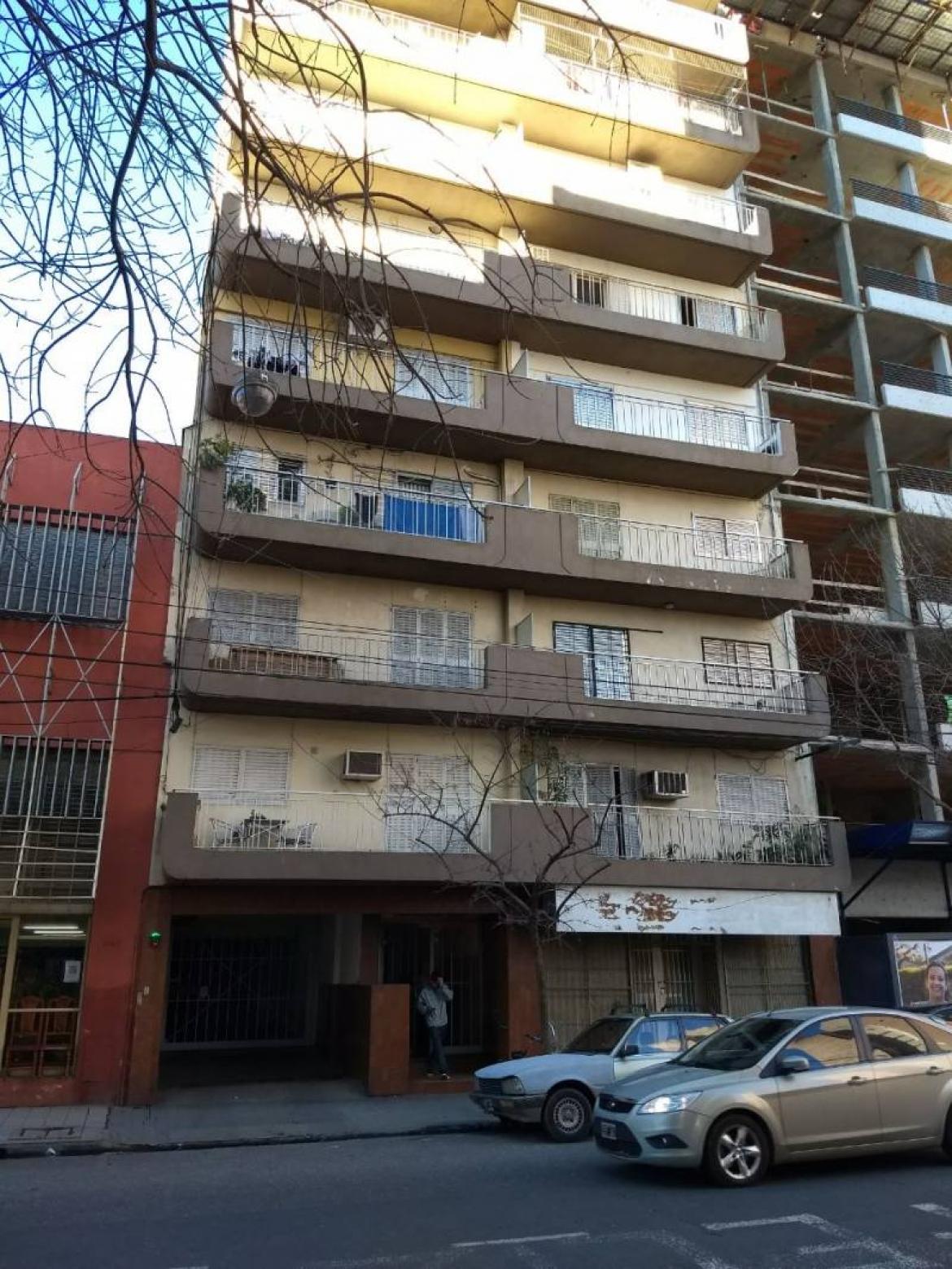Venta | Corrientes 2100. Departamento de dos dormitorios.