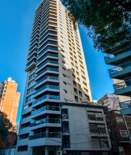 Venta | Av. Belgrano 900. Edificio Quinquela. Departamento de 2 dormitorios.